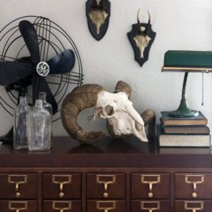 Pop This Look: Vintage Green Accessories At Home